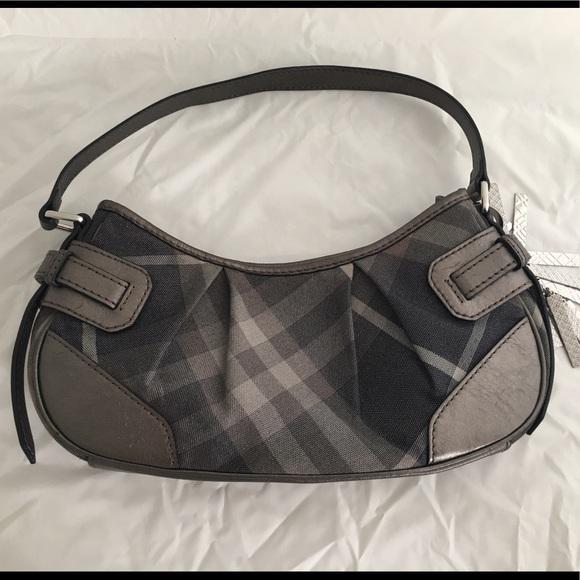 Burberry Cnqinchoqin Plaid Shoulder Bag Gray 93fb0c58e6b90
